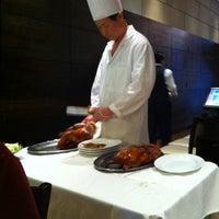 Photo prise au Peking Duck House par Hing W. le5/29/2012