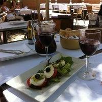 6/20/2012 tarihinde Natalia K.ziyaretçi tarafından Tapas Club'de çekilen fotoğraf