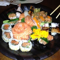 Foto tirada no(a) Sushi by Cleber por Aline R. em 8/9/2012