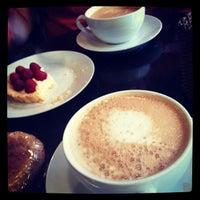 4/8/2012にCristina W.がBackstage Coffeeで撮った写真