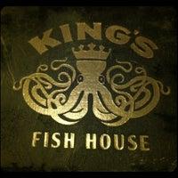Foto tirada no(a) King's Fish House por victor b. em 6/20/2012