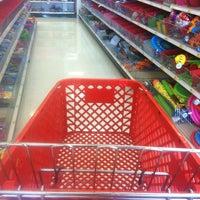 Foto tirada no(a) Target por Warren G. em 5/5/2012