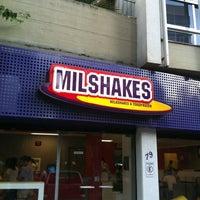Foto tirada no(a) MilShakes por Carlos F. em 3/25/2012