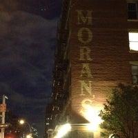 Снимок сделан в Moran's - Chelsea пользователем Marc 4/21/2012