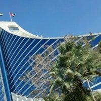 2/3/2012 tarihinde Miguel S.ziyaretçi tarafından Jumeirah Beach Hotel'de çekilen fotoğraf