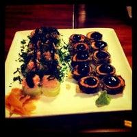 Foto tirada no(a) Mirai Japanese Cuisine por Fabiana A. em 8/16/2012