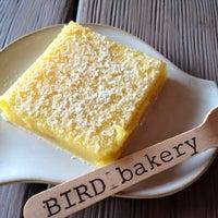 Photo prise au Bird Bakery par Justin H. le6/21/2012