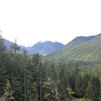 Foto tirada no(a) Mount Rainier National Park por Ashley em 6/30/2012