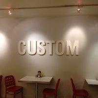 5/29/2012 tarihinde 八尾 憲.ziyaretçi tarafından Custom Burger'de çekilen fotoğraf