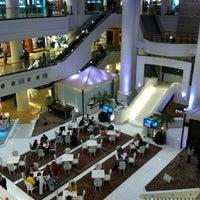 8/25/2012 tarihinde Andrie W.ziyaretçi tarafından Plaza Indonesia'de çekilen fotoğraf