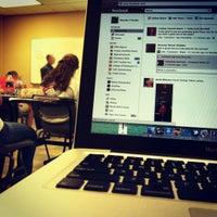 รูปภาพถ่ายที่ Thaddeus Street Jr Education Center โดย Brandon H. เมื่อ 4/4/2012