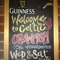 Das Foto wurde bei Celtic Gardens von Stephanie B. am 3/4/2012 aufgenommen
