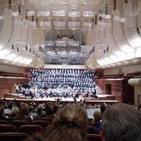Das Foto wurde bei Louise M. Davies Symphony Hall von Anna J. am 8/18/2012 aufgenommen