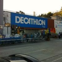 e3595810057 Foto tomada en Decathlon Vigo por Jesus A. el 3 26 2012 ...