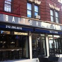 Foto tirada no(a) Bait & Hook Seafood Shack por Stephanie A. em 9/10/2012