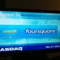 5/21/2012에 Valerie P.님이 Nasdaq Marketsite에서 찍은 사진