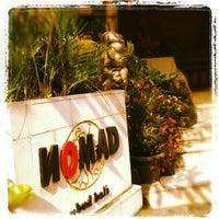 Foto tomada en Nomad por Alesha T. el 5/20/2012