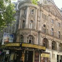 Photo prise au Aldwych Theatre par Claire B. le5/24/2012