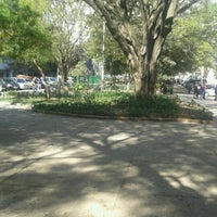 Foto tirada no(a) Praça Benedito Calixto por Poliana Carolina A. em 7/26/2012