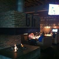 Foto scattata a Brick House Tavern + Tap da David P. il 3/28/2012