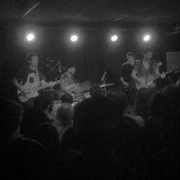 Photo prise au Mercury Lounge par Craig G. le4/19/2012