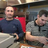 4/14/2012にHerkko V.がMega Pizza & Kebabで撮った写真