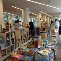 Das Foto wurde bei Fondo de Cultura Económica Rosario Castellanos von Nats C. am 9/1/2012 aufgenommen