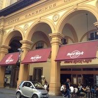 6/16/2012 tarihinde Sara S.ziyaretçi tarafından Hard Rock Cafe Florence'de çekilen fotoğraf