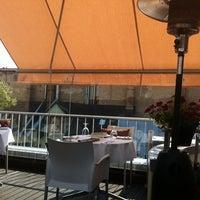 Снимок сделан в Restaurant Le Dome пользователем Aija S. 7/6/2012