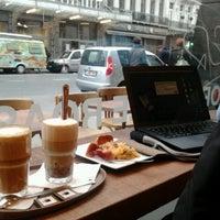 รูปภาพถ่ายที่ OR Coffee Bar โดย Lotte B. เมื่อ 3/13/2012