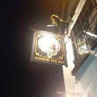 Photo prise au The Hinds Head par Femi A. le7/20/2012