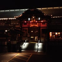 Photo prise au Yamashiro Hollywood par Ping T. le3/12/2012