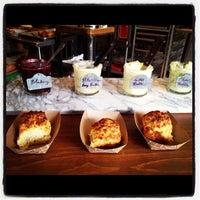 Photo prise au Bang Bang Pie Shop par Heidi A. le7/25/2012
