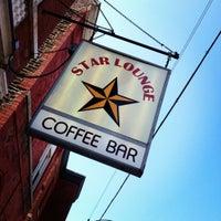 Foto tirada no(a) Dark Matter Coffee (Star Lounge Coffee Bar) por Brad C. em 9/3/2012