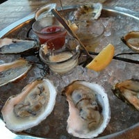 Photo prise au Henlopen City Oyster House par Renato S. le8/26/2012