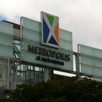 6/24/2012にFabio R.がMetropolis at Metrotownで撮った写真