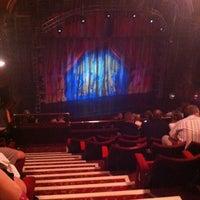 Das Foto wurde bei Dominion Theatre von Kirk S. am 9/13/2012 aufgenommen