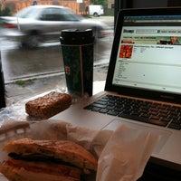 Foto tirada no(a) New Wave Coffee por iSapien 1. em 5/12/2012