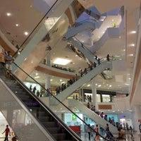 Foto diambil di Boulevard Shopping oleh Fernando É. pada 9/8/2012