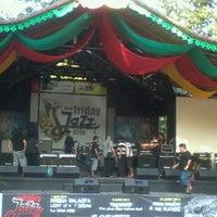 Foto scattata a Pasar Seni Ancol da Tyas Y. il 6/29/2012