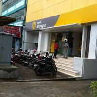 5/8/2012 tarihinde Kea C.ziyaretçi tarafından Bank of Ayudhya Mabtapud'de çekilen fotoğraf