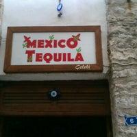 7/22/2012 tarihinde fulyacigdemcolakziyaretçi tarafından Mexico Tequila'de çekilen fotoğraf
