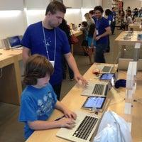 7/24/2012에 David K.님이 Apple Century City에서 찍은 사진