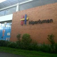 Photo prise au Hiperlumen par Marysol M. le7/9/2012