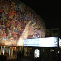 Foto tomada en Teatro de los Insurgentes por Rafael R. el 3/25/2012