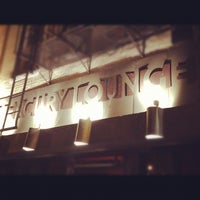 Photo prise au Mercury Lounge par Stef D. le9/2/2012