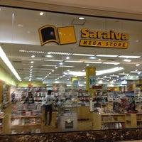 Foto diambil di Saraiva MegaStore oleh Ana Paula P. pada 5/29/2012