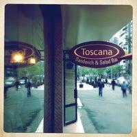 4/26/2012에 Radu B.님이 Toscana Sandwich and Salad Bar에서 찍은 사진
