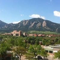 Das Foto wurde bei University of Colorado Boulder von Kathryn M. am 5/8/2012 aufgenommen