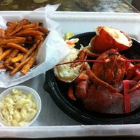 รูปภาพถ่ายที่ Jazzy's Mainely Lobster โดย Philip N. เมื่อ 2/23/2012